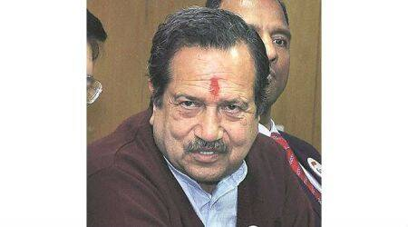 Cow dung can be used to make bunkers: RSS leader Indresh Kumar