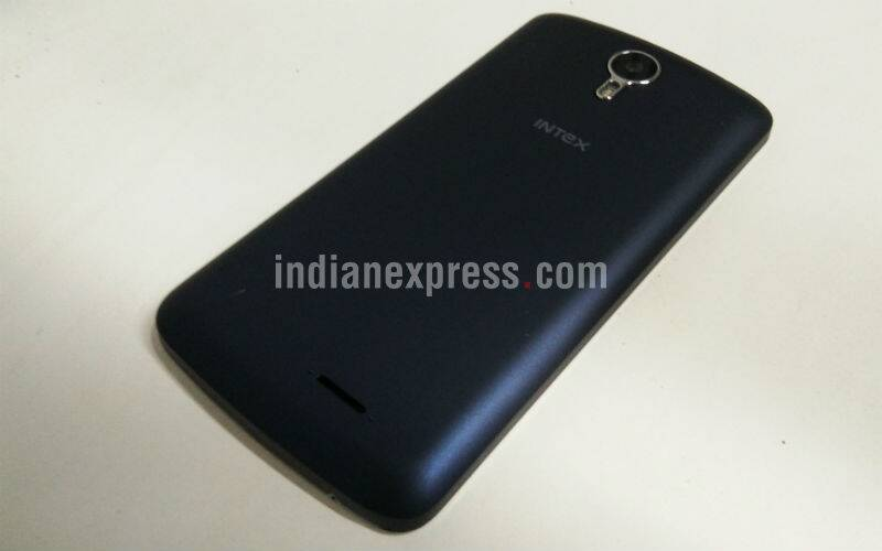 Intex, Intex Cloud Fame 4G, Intex Cloud Fame 4G review, Intex Cloud Fame 4G price, Intex Cloud Fame 4G specifications, Intex Cloud Fame 4G features, Cloud Fame 4G review, budget smartphone, technology, technology news