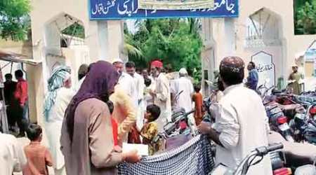 Jaish seeks funds for 'jihad in India' outside Karachi mosques