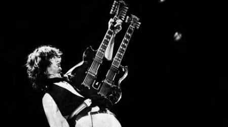 Jimmy_Page_-_A.R.M.S._Concert,_Oakland,_Ca._1983_480