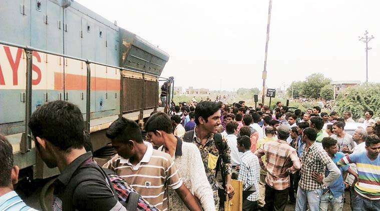Under the scheme, commuterts can book a ticket in a 'Ticket Ghar' outside railway premises with Re 1 service charge