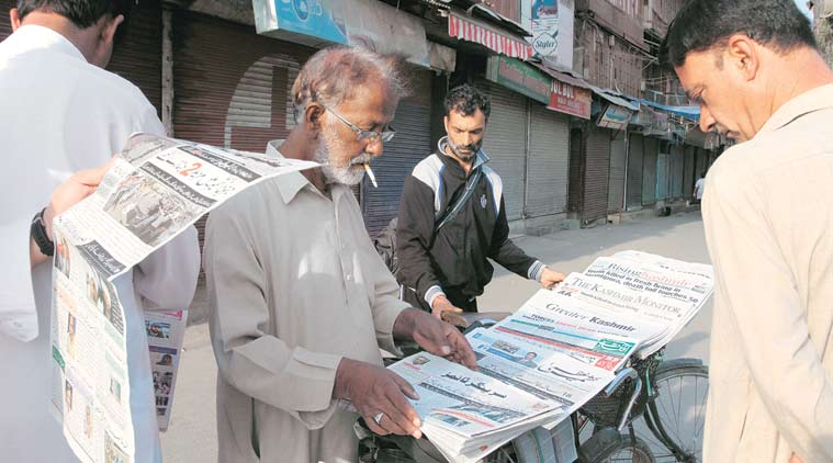 Kashmir Reader, kashmir newspaper, kashmir newspaper banned, Kashmir Reader ban, kashmir newspaper ban, kashmir news, india news