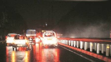 LED lights faulty, leaves large patches of roads in darkness: South Delhicouncillors