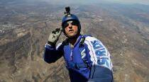 Skydiver Luke Aikins becomes first person to jump and land without parachute