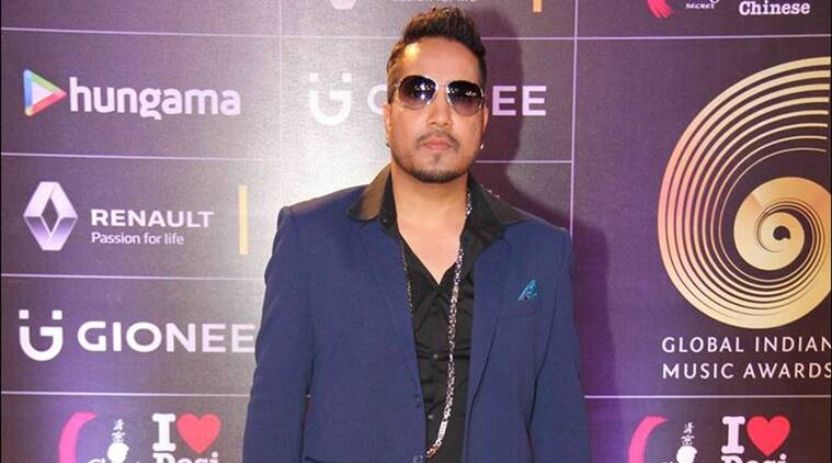 Mika Singh, Mika Singh controversy, Mika Singh booked, fir against Mika Singh, Mika Singh molestation case, Mika Singh molestation charges, Mika Singh molestation on fashion designer, Entertainment
