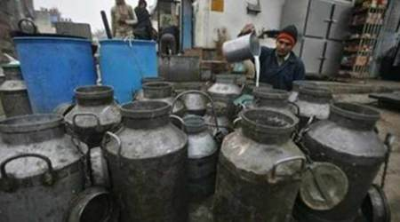 Maharashtra govt to penalise  co-op dairies for failure to hike milk prices by Rs 3/litre