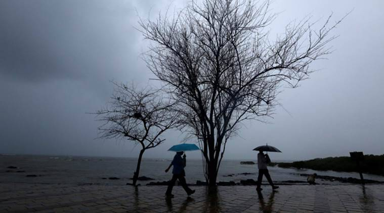 Incessant Rain Lashes Mumbai Heavy Showers Predicted