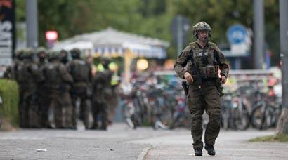 Terror hits Munich as 18-year-old German-Iranian kills 9 at shopping mall