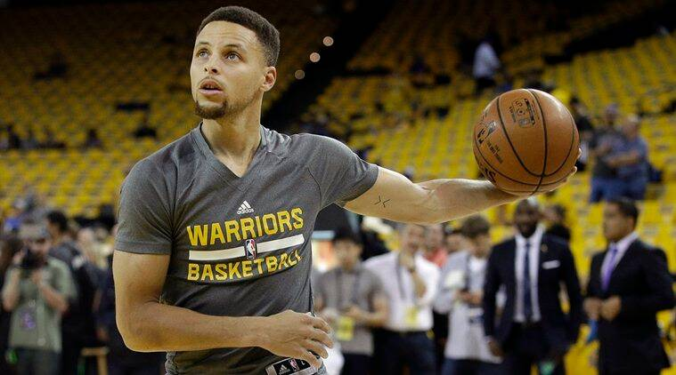 Golden State Warriors, Golden State Warriors Steph Curry, Warriors Steph Curry, Curry Warriors, GSW Curry, Golden State Warriors superstar, Stephen Curry NBA MVP, NBA 2016, Steph Curry Video, Steph Curry basketball camper video, Basketball camp, basketball, Basketball news, Sports News