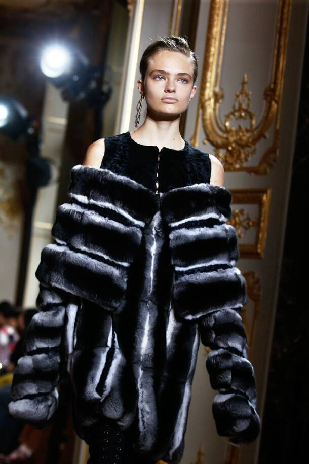 paris fashion week, paris fashion week 2016, paris fashion week fall-winter 2016, fall-winter 2016 collections, international fashion, global fashion