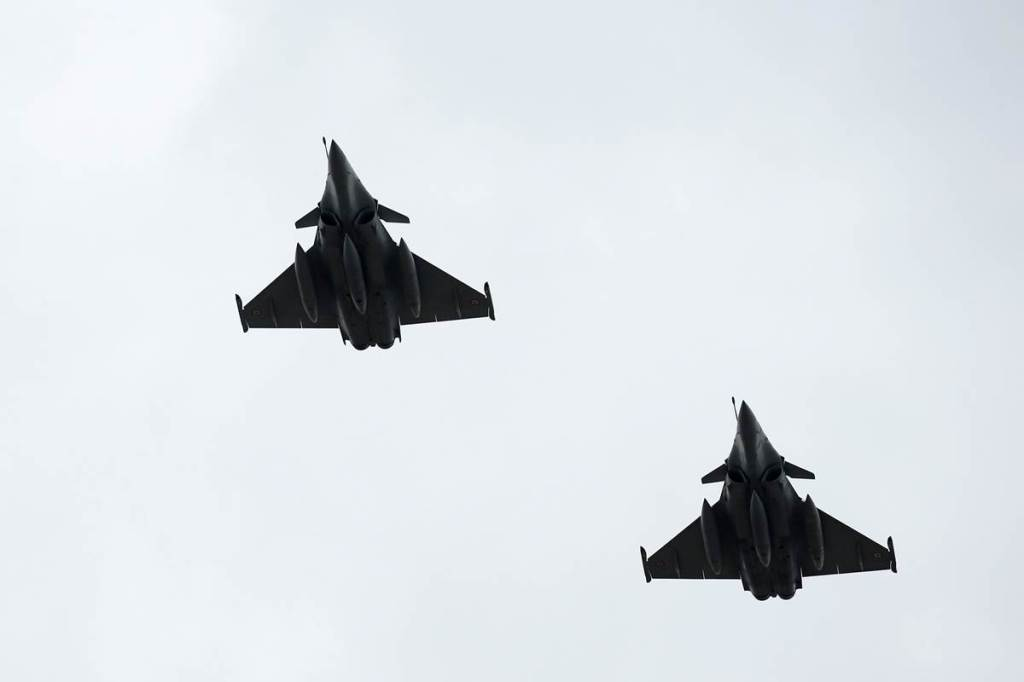Russia, jet, fighter jets, US, US military, US spy planes, US military planes, intercept, intercepted, world news, indian express