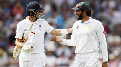 Pakistan vs England: Joe Root hits double ton before Chris Woakes puts England in command