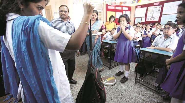 pune, pune schools, school children pune, children school bags, heavy school bags, school bags heavy, school bag norms, bombay high court, india news, pune news, education news