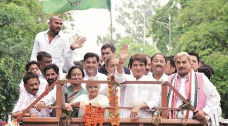 UP: At Cong roadshow, Sheila invokes past, Babbar future