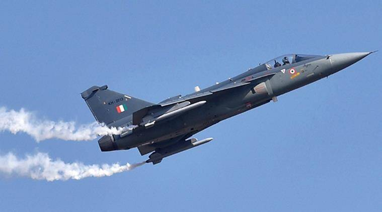 tejas, hal tejas, iaf tejas, tejas lca, light combat aircraft tejas, tejas features, manohar parrikar, tejas induction iaf, flying daggers squadron, india news, air force news