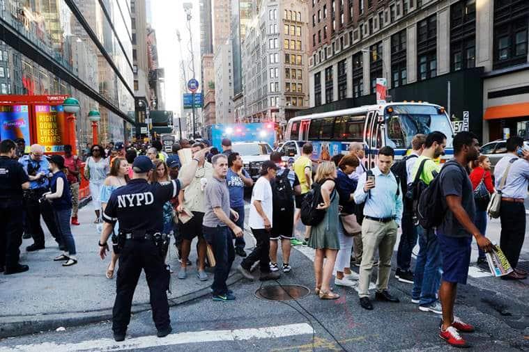new york hoax bomb, times square hoax bomb, new york, times square, new york police, nypd, new york bomb scare, new york news, us news, world news