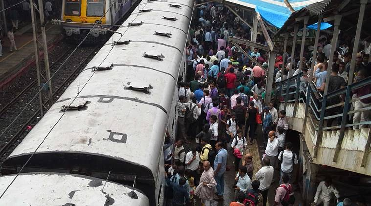mumbai, mumbai locals, western railway tracks, mumbai local tracks, mumbai news, india news