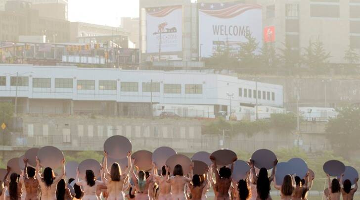Spencer Tunick, Donald Trump, Spencer Tunick Republic National Convention, Republican Party, Republic National Convention Ohio Cleveland, ohio cleveland, naked women's protest, women's protect at RNC, women protest naked against RNC