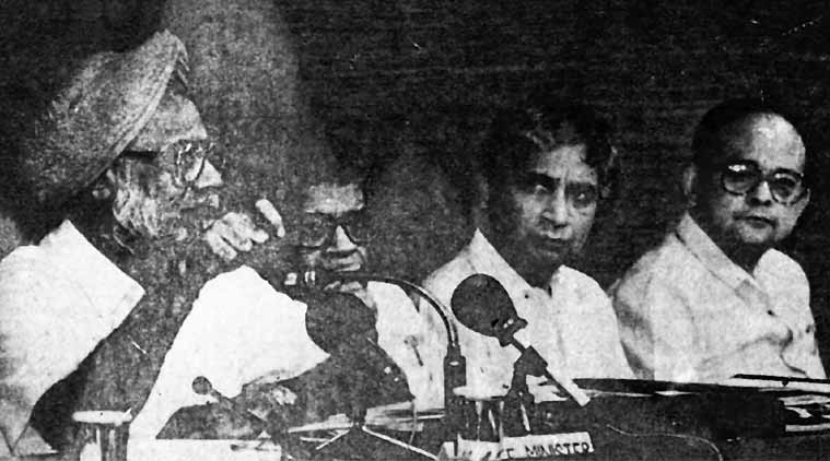 Deepak Nayyar, Chief Economic Adviser Deepak Nayyar, manmohan singh, opening of indian economy, 1991 economic reforms, 1991 economic crisis, manmohan singh indian economy, pv narasimha rao, rbi, indian rupee, indian rupee against dollar, indian currency rate, indian currency, rupee rate, rbi, indian rupee value, india economic crisis, global credit rating, rupee value, foreign currency, rupee devaluation, business news, currency market, business market, stock exchange, latest news