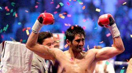 Vijender Singh: 'Singh is King' at Thyagraj Stadium