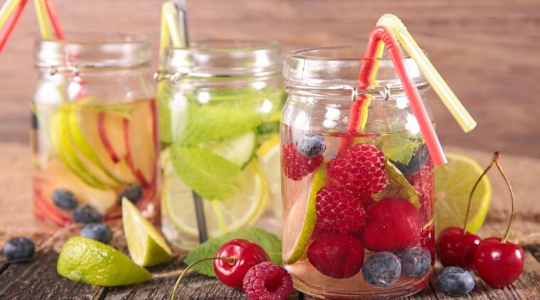 Citrus fruits are the best when it comes to preparing infused water. (Source: Thinkstock Images)