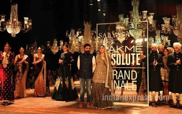 kareena kapoor khan, sabyasachi mukherjee, lakme fashion week, sabyasachi mukherjee lakme fashion week winter festive, lakme fashion week winter festive grand finale, bridalwear 2016, bridalwear