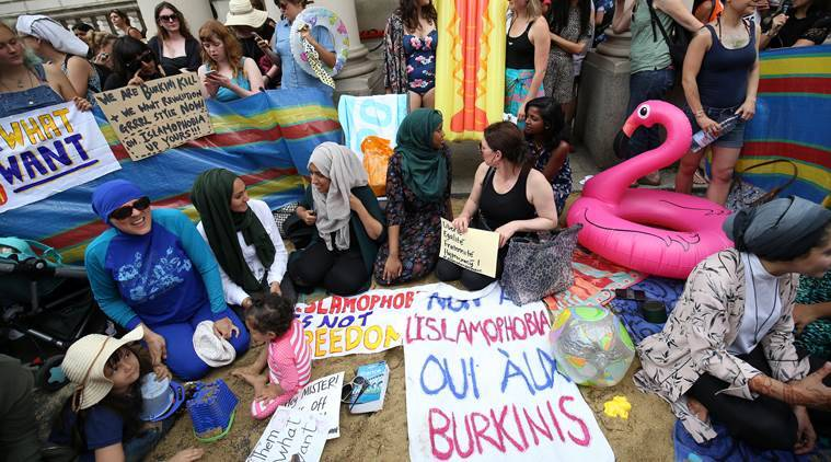 Protesters demonstrate against France's ban of the burkini, outside the French Embassy in London, Britain August 25, 2016. REUTERS/Neil Hall