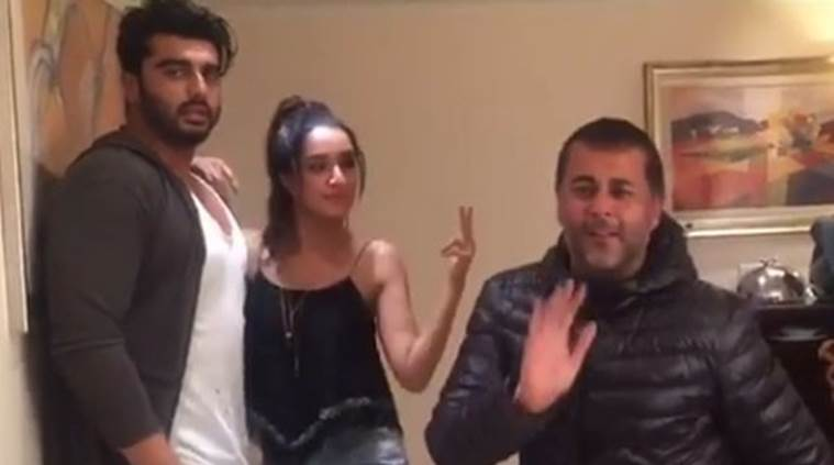 Chetan Bhagat out-dancing Shraddha Kapoor and Arjun Kapoor on 'beat pe booty
