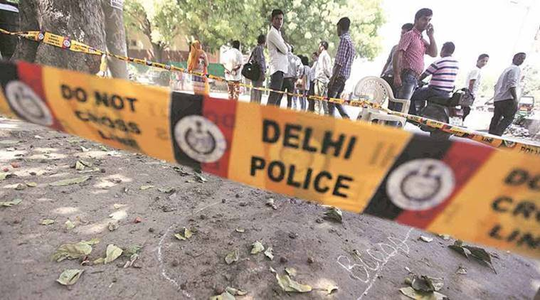 army officer's son thrashed in Delhi, Army officer's son thrashed in Dhaula Kuan, Delhi Police, Delhi Police beats a boy, Boy beaten by delhi police, crime in Delhi, India news,