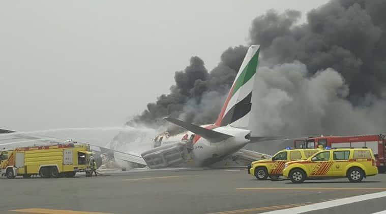 emirates, emirates airlines, emirates crash landing, emirates airlines crash, emirates airlines crash landing, dubai flight crash, emirates flight crash videos, dubai plane crash news