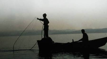 Twelve Tamil Nadu fishermen arrested by Sri LankanNavy