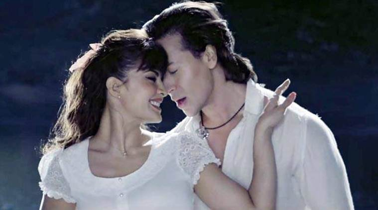 Tiger Shroff, Jacqueline Fernandez, Flying Jatt review, Flying Jatt movie review, Tiger Shroff image