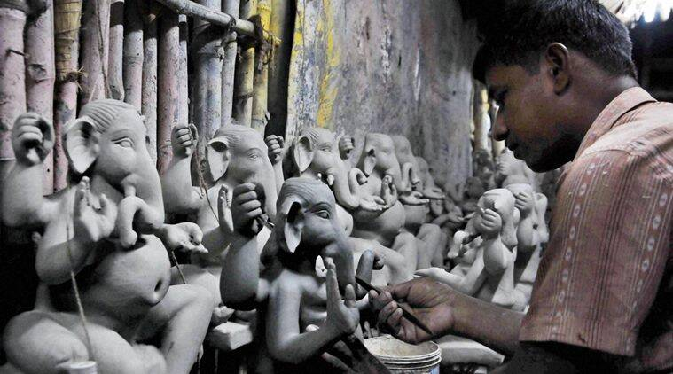 Maharashtra govt pushes for concrete benefit for clay artists