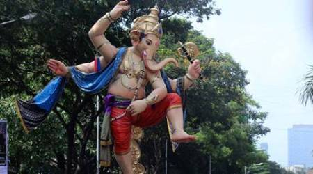 Mumbai all set for Ganesh Chaturthi, giant size idols taken to Pandals