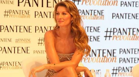 Supermodel Gisele steals the show as the new 'Girl from Ipanema'