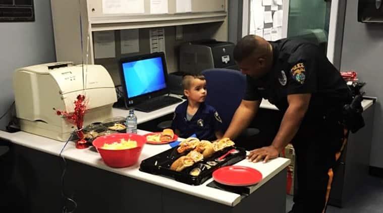boy feeds cops in new jersey, new jersey boy's good deed, winslow cops fed by boy, boy uses pocket money to feed police