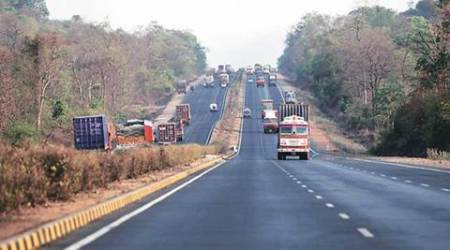 UP road accident, UP highway kiosk accident, road accident on UP highway, UP news, latest news, indian express