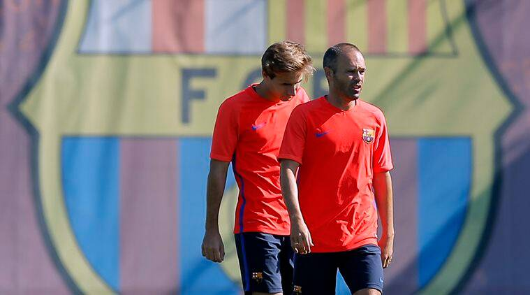 Andres Iniesta and Jeremy Mathieu picked up the injuries during the first leg of the Spanish Super Cup. (Source: AP)