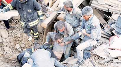 Earthquake kills almost 250 in Italy, rescue ops on as several old buildings collapse