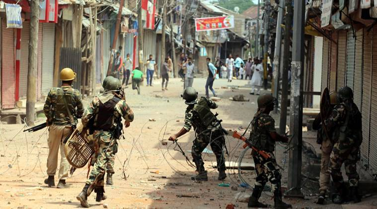 Around a dozen persons were injured in clashes between forces and protesters in valley Express photo Shuaib MasoodI 05-08-2016