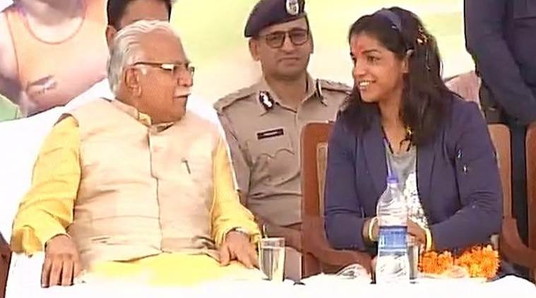 sakshi malik, sakshi malik welcome, beti bachao beti padhao, manohar lal khattar, ML khattar, haryana CM, Haryana chief minister, india news