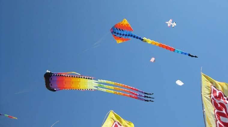 maanjha, kite maanjha, kite flying, kite string, chinese maanjha, glass coating maanjha, delhi kite flying, independence day kite flying, india news, delhi news