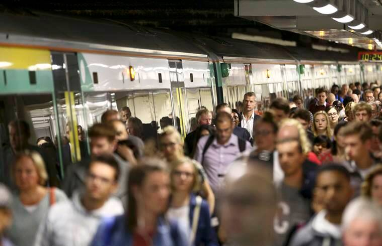 Southern Rail's five-day strike begins as commuters face chaos
