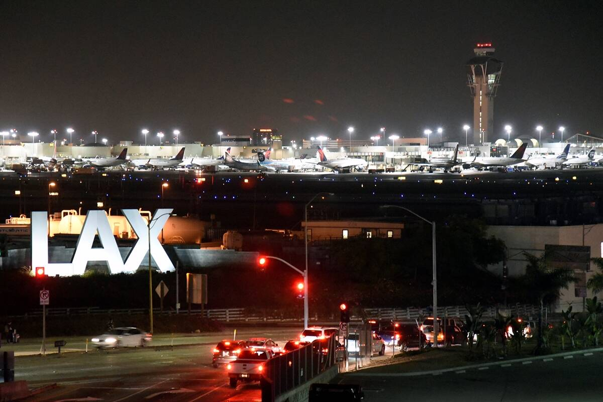 los angeles airport, gunfire at los angeles airport, gunfire at airport ,Los Angeles police,Los Angeles International Airport,LAX police, world news, latest news