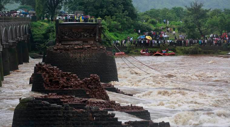 mumbai bridge collapse, mahad bridge collapse, mahad bridge mumbai, mumbai bridge, rescue operation mahad bridge, mahad bridge collapse rescue work, mumbai news, maharashtra news, india news