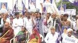 "Una Dalit attack victims seek arrest of ""mastermind"""