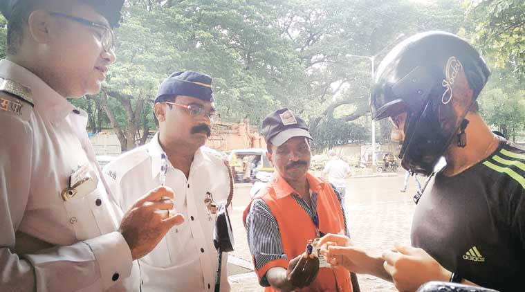 mumbai traffic police, traffic challan, mumbai news, indian express