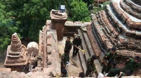 Soldiers, residents begin cleanup after quake in Myanmar