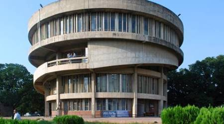 panjab university, panjab university independence day celebrations, independence day cultural programmes panjab university, panjab university news, punjab news, india news