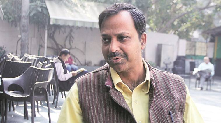 AAP MLA heckled at ration shop, Pankaj Pushkar abused at ration shop, Pankaj Pushkar heckled, Delhi city news, Indian Express